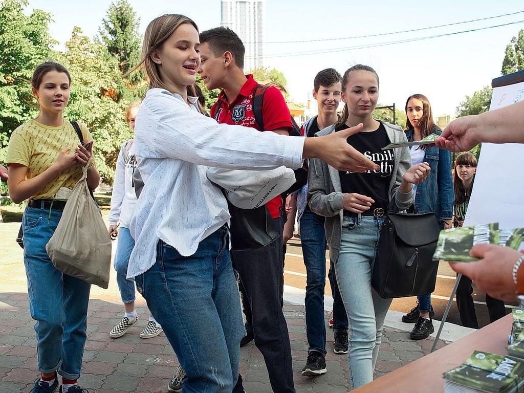 Саратовские саентологи поддержали антиалкогольную акцию вДень трезвости