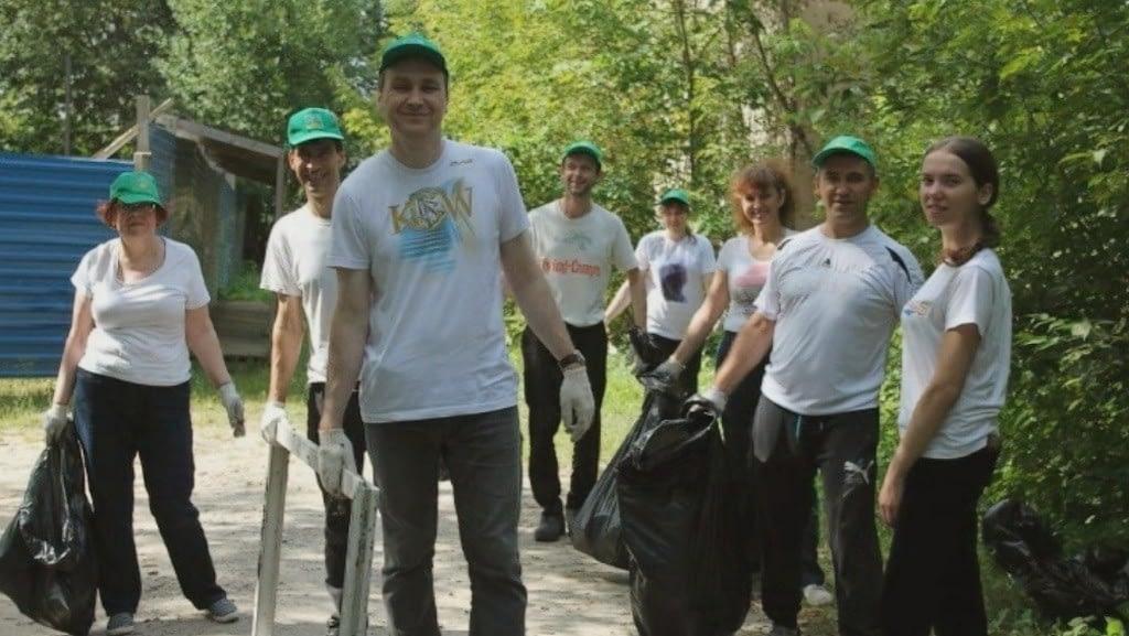 Нижегородские саентологи на субботнике по уборке мусора