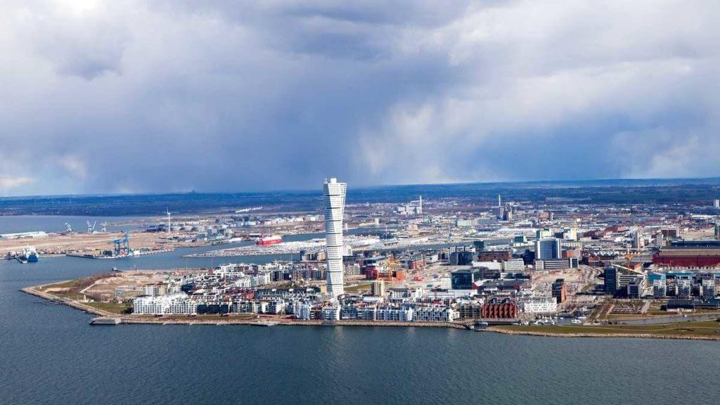 Вид на город с птичьего полета