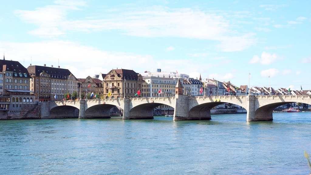 Базель. Мост через Рейн.