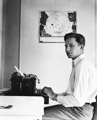 «Уважаемый сэр, не скажете ли Вы мне как писать?..»