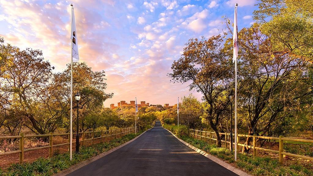 Дорога к замку Кьялами